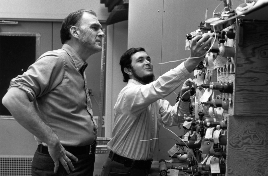 "Rowland, left, works in the lab with postdoctoral researcher Mario J. Molina in January 1975. Twenty years later, they shared the Nobel Prize in chemistry - along with Paul J. Crutzen - ""for their work in atmospheric chemistry, particularly concerning the formation and decomposition of ozone."""