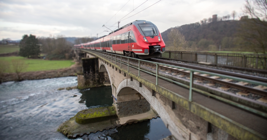 frontiers-in-built-environment-climate-change-train-railway-bridge-maintenance