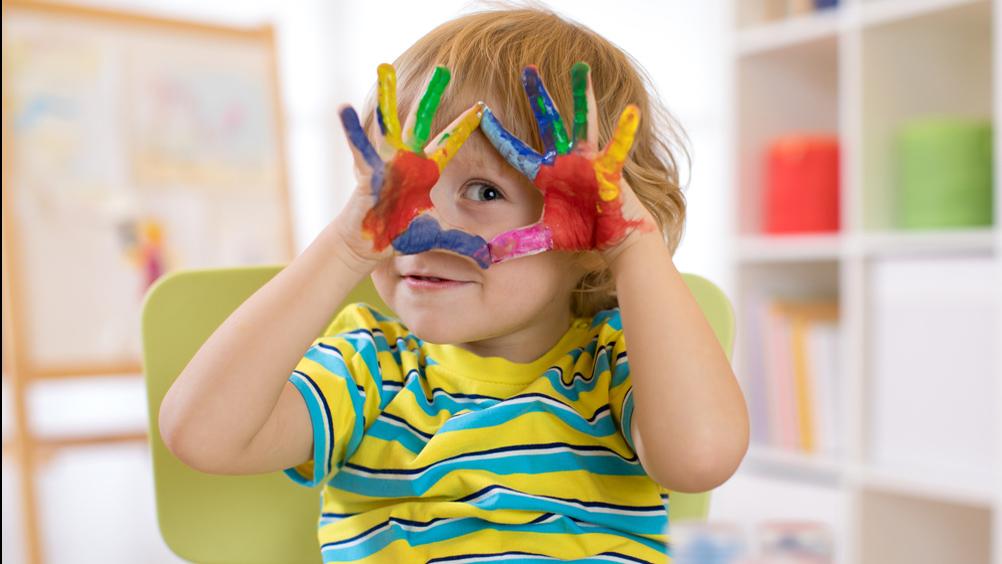 Class clowns: Playful boys viewed more negatively than playfulgirls